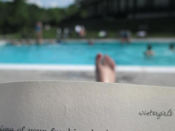 51 8Pi-Con I'm such a pool addict, I made sure I blocked off a two-hour slot to enjoy the hotel's gorgeous outdoor pool. It was a hot day, so the dip was refreshing! This is my art-house version of a photo just so the world knows that I really did go to the pool! The book I'm reading, WINTERGIRLS, by Laurie Halse Anderson, is a high recommend, and, in fact, if you enjoyed my book Bad Apple then this is a must read. You can check that out here: http://amzn.com/014241557X