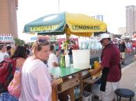 Missie buys lemonade