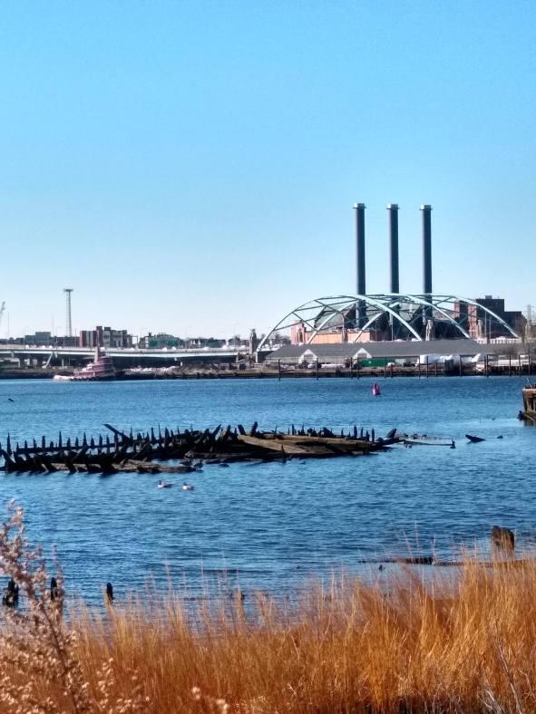 Schooner barge remains at Green Jacket Shoal