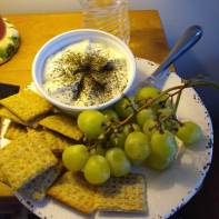 Grapes-cheese-crackers